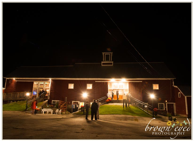 boyden-farm-at-night