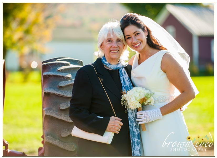 mom-and-bride
