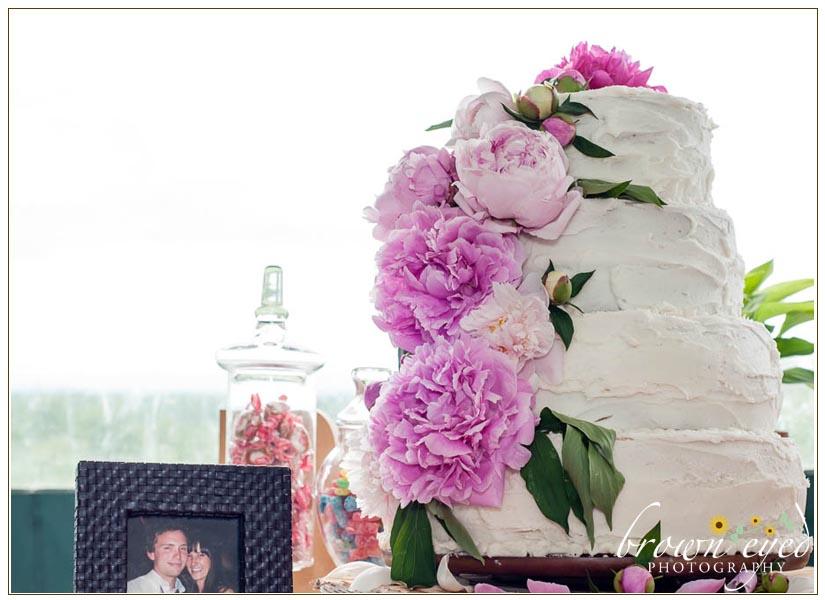 peony-wedding-cake