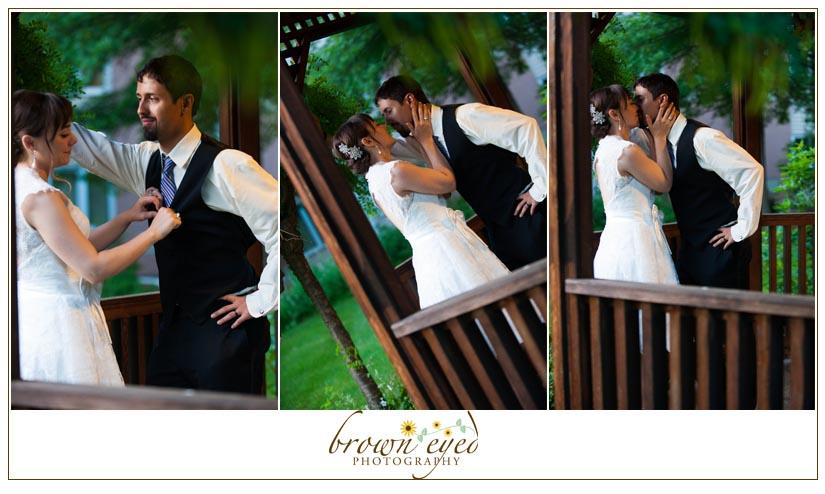 double-tree-wedding-kiss